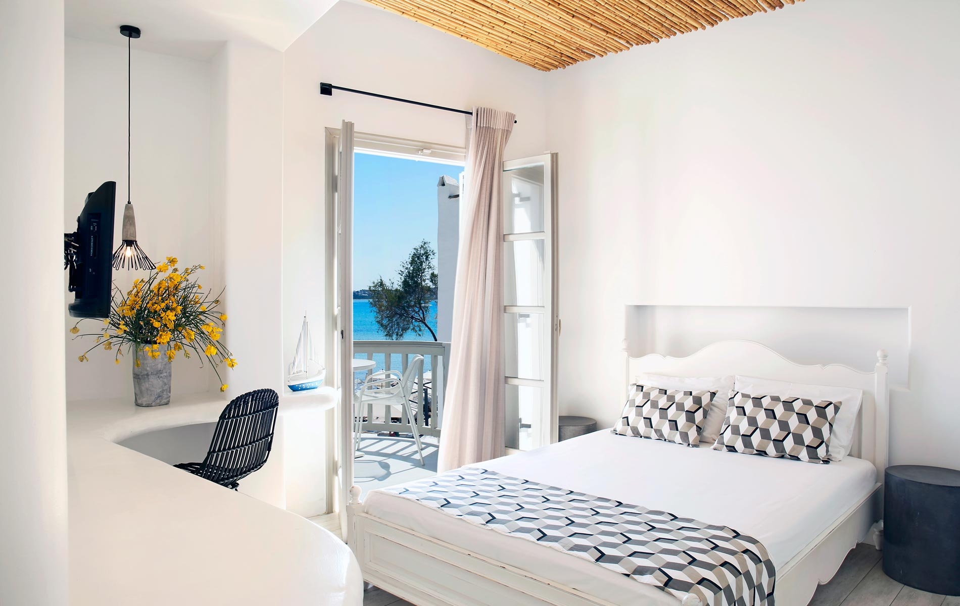 Studios-Thomais-Naxos-Greece-Room-5e
